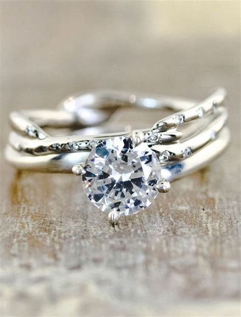 17 Best ideas about Engagement Rings Unique on Pinterest