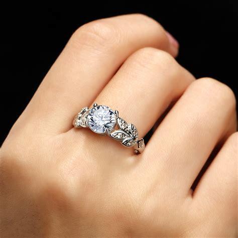 17KM Fashion Silver Crystal Flower Wedding Rings   vintage