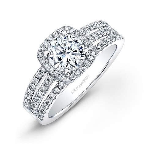 Inexpensive wedding rings: Thick band wedding ring