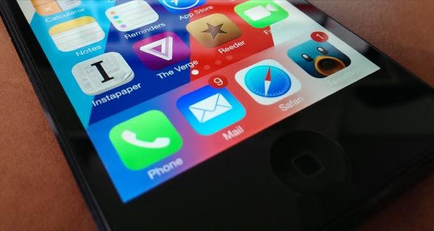 Como enviar por e-mail até cinco fotos simultâneas no rolo de câmera do iOS 7 (Foto: Reprodução/AppAdvice)