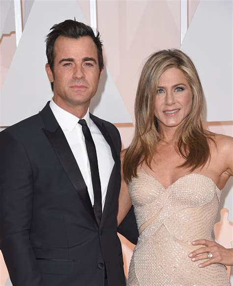 "Jennifer Aniston, Justin Theroux Marriage NOT ""Crumbling"