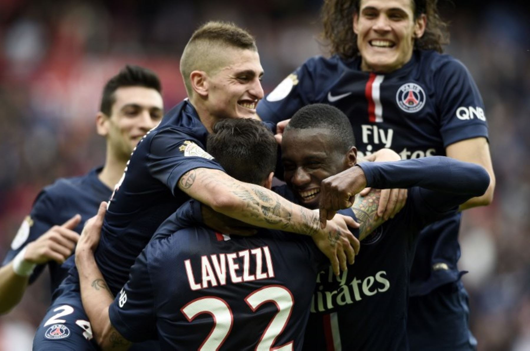 Lyon y PSG, pulso por el título