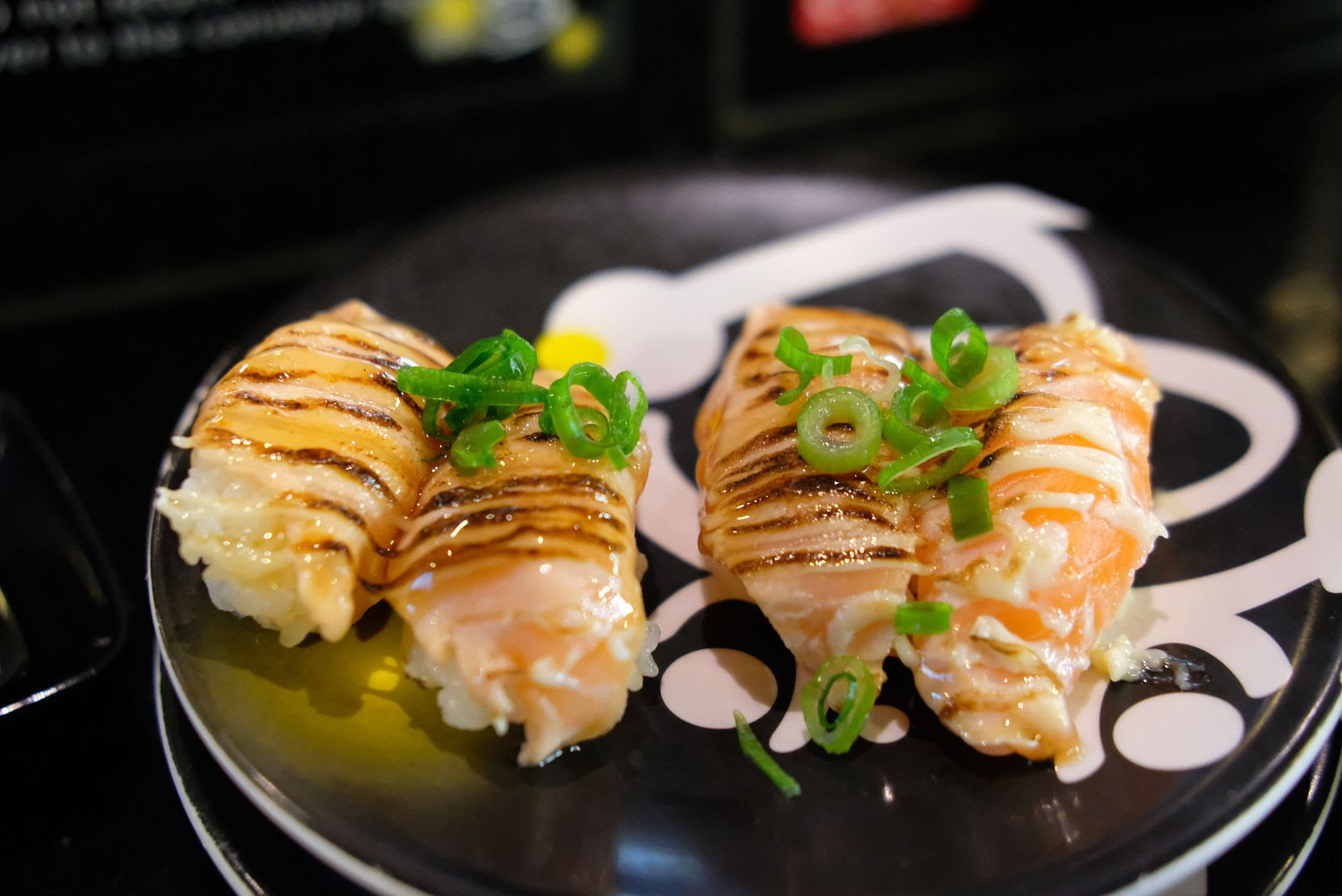 photo sushi hotaru train melbourne.jpg