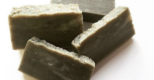 What You Need to Know About Anita Grant's Babassu Shampoo Bars