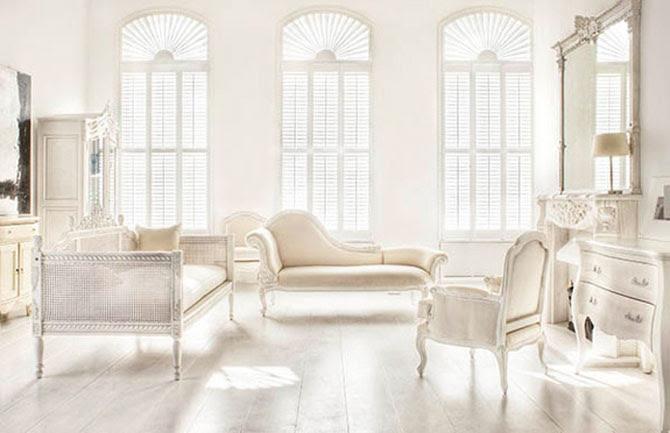 Minimalist White-Beige Bright Interior Decoration French ...