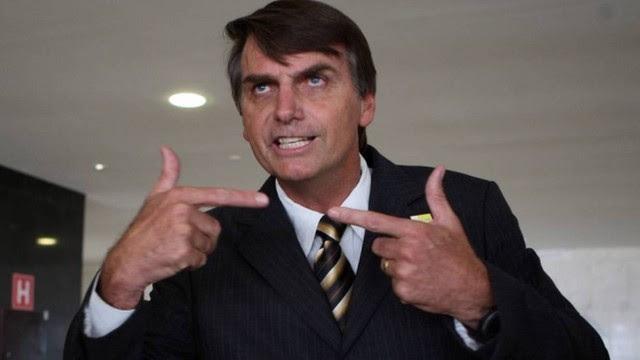 Jair Bolsonaro vira réu no STF em duas ações por incitação ao estupro.