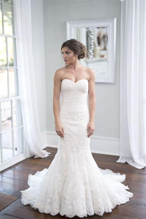Rent or buy this Enzoani designer wedding dress