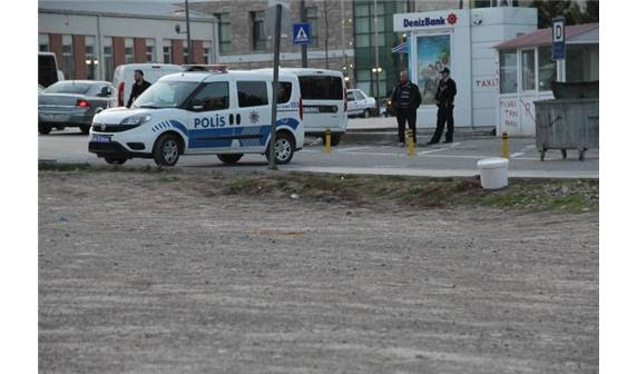 Jandarma Binasi Yakinindaki şüpheli Boya Kovasi Paniğe Neden Oldu