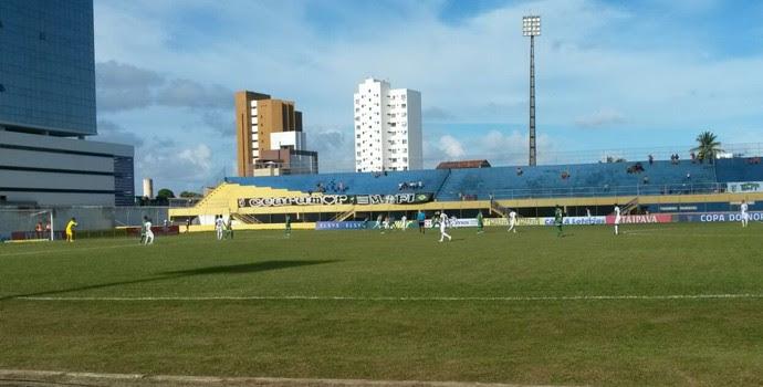 Vitória da Conquista, Ceará, Estádio Mário Pessoa, Nordestão (Foto: Caio Ricard / TV Verdes Mares)
