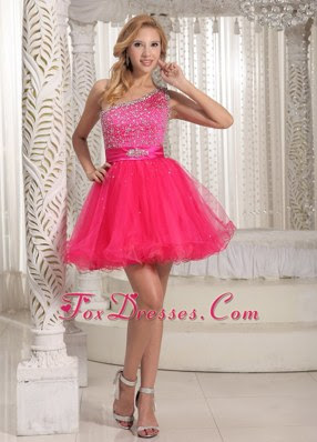 Cute red evening dresses