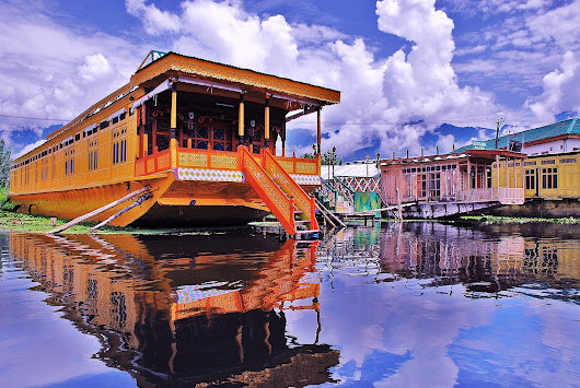 9 Reasons to visit Kashmir in winter | Japji Travel Blog