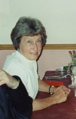Lesley Audrey Holt (1928 - 2010)