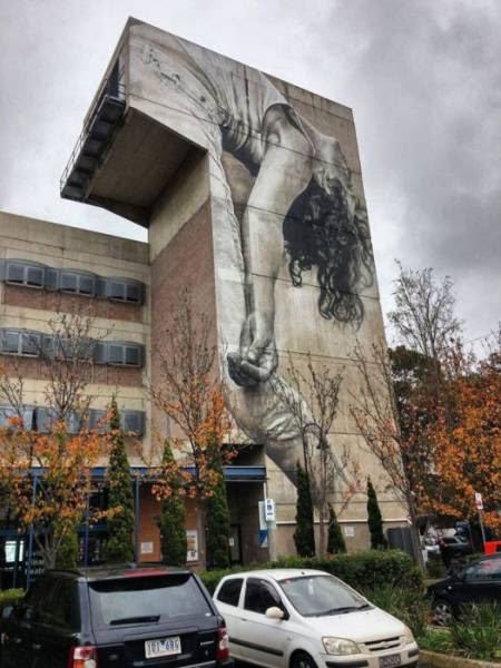 Some Street Artists Specialize In Creation Of Masterpieces