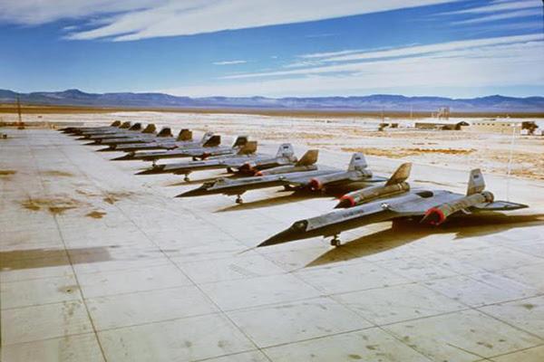 Secret Area 51 UFO Footage Smuggled Out  copy