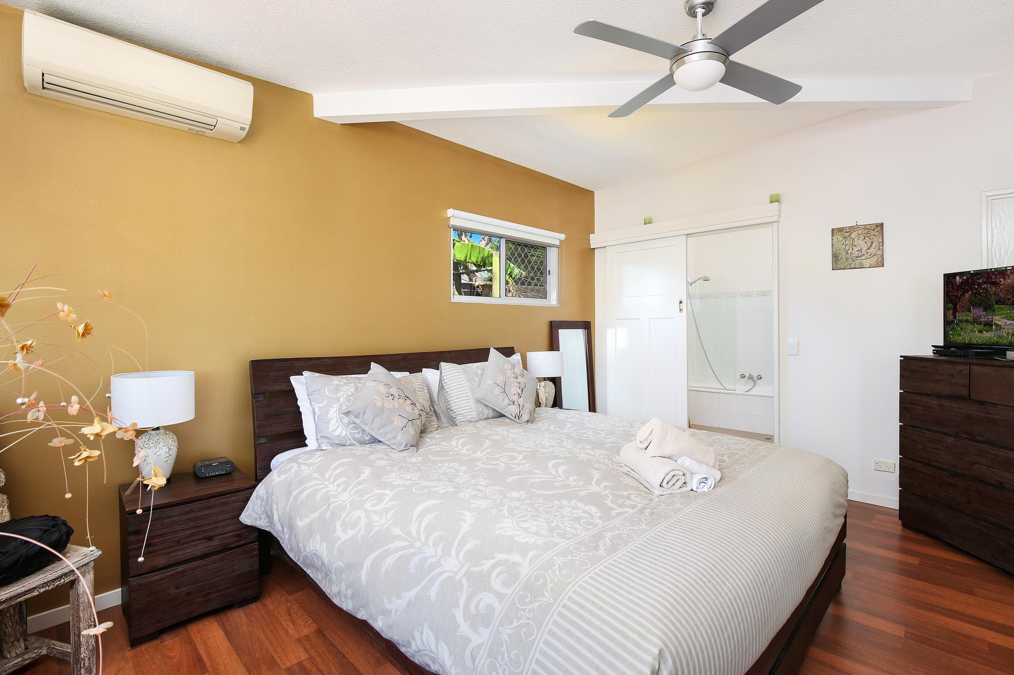 hotel near Sunshine Coast Coolum Retreat Pet Friendly Holiday Houses
