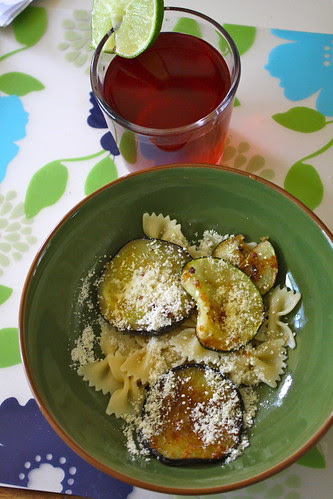 Pasta with zucchini and eggplant, cocktail