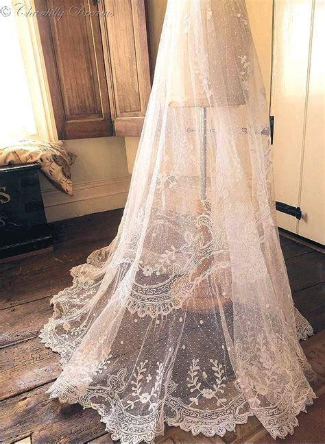 Best 20  Vintage Wedding Veils ideas on Pinterest   Lace