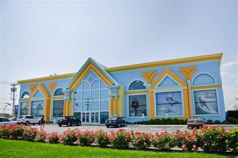 Ron Jon Surf Shop in LBI   A Surfing Tradition