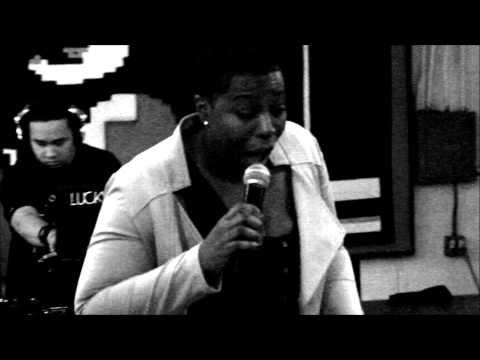 Video: O.T - Just Like You ft. V. Lashae (Live)