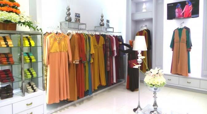 Desain Butik Baju Minimalis