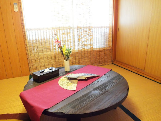 l a d y ' s: AirBnB Accommodation near downtown Osaka, Japan suitable for groups