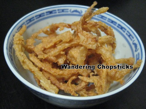 Fried Onion Strings 8
