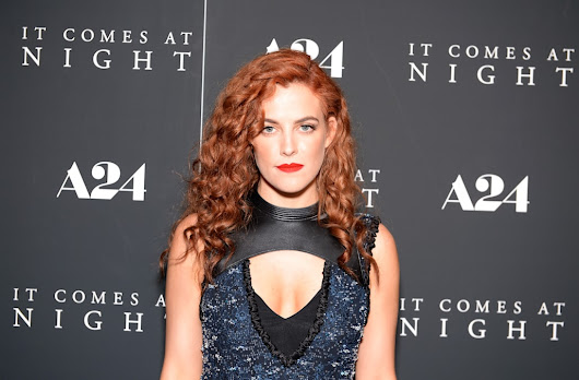Riley Keough, Elvis Presley's granddaughter, hits red carpet premiere for 'It Comes At Night'