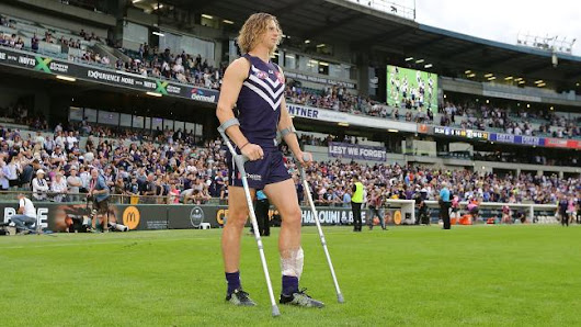 Should Nat Fyfe Be Earning Frequent Flyer Points?