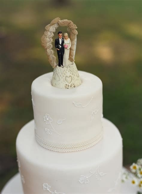 Vintage Wedding Cake Toppers   Wedding Planners & Event