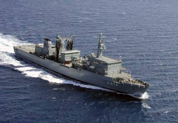 Και δεύτερο πολεμικό πλοίο του Στόλου στη Λιβύη - Δραματικές ώρες στη Τρίπολη