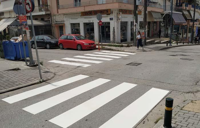 Δήμος Αρταίων: Εργασίες διαγραμμίσεων και διαβάσεων πεζών