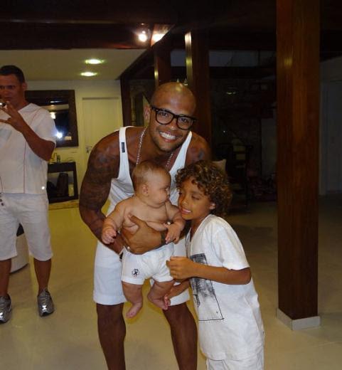 Felipe Melo ve ailesi