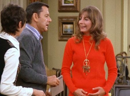 Penny Marshall in The Odd Couple