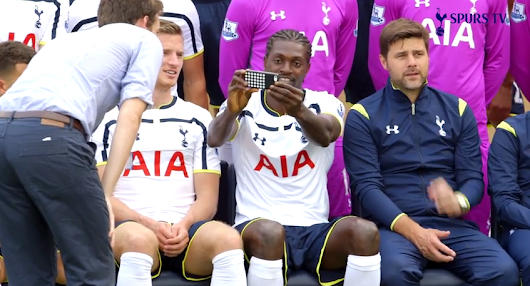 Emmanuel Adebayor Disrupts Spurs Team Photo Shoot With His Selfie Addiction