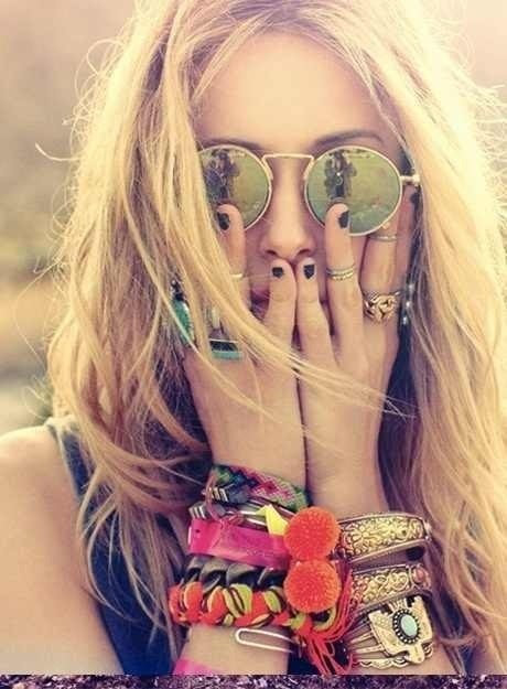 ☮love & happiness  hippie accessorized