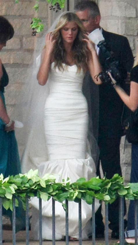 Brooklyn Decker   Stars Who Wore Vera Wang Wedding Gowns