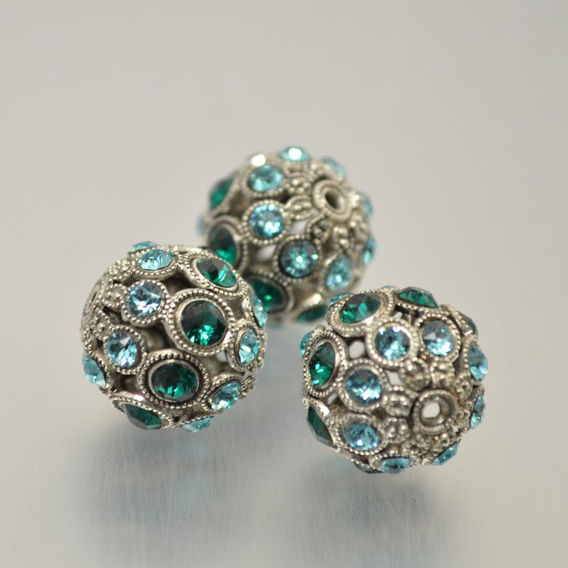 s49064 Swarovski Filigree Beads - 13 mm Round - Emerald / Light Turquoise / Antique Silver