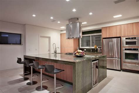 Large Kitchen Island   Home Design and Decor