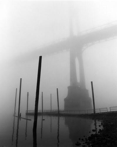 St Johns Bridge, Fog