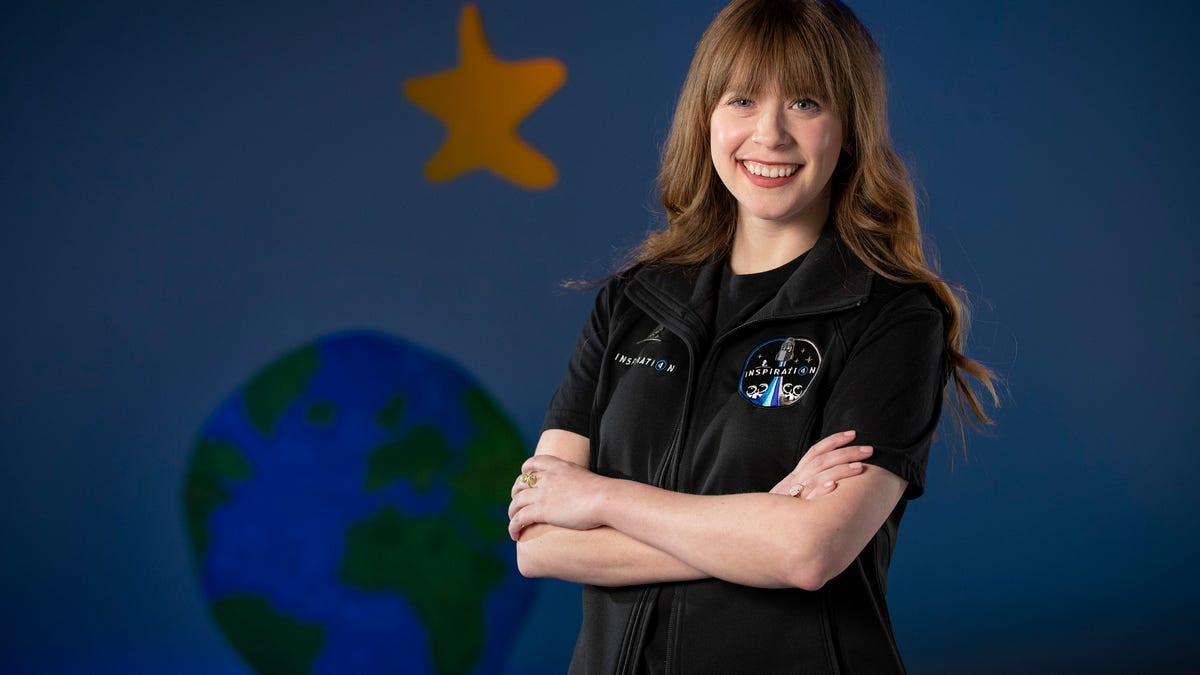Cancer survivor Hayley Arceneaux to become youngest American in space with SpaceX launch