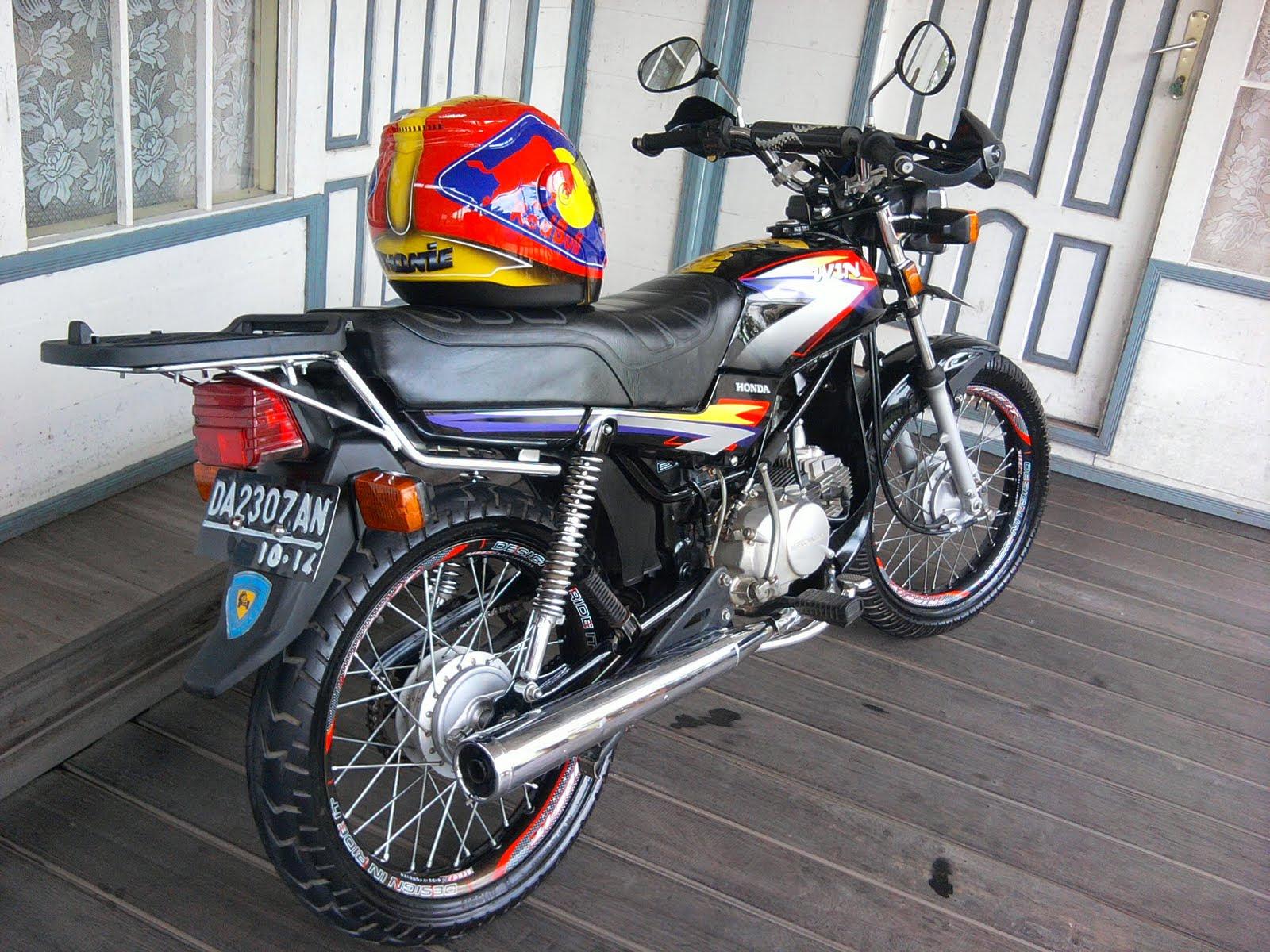 INFORMASI KITA Kumpulan Foto Modifikasi Honda Revo Lama Terlengkap
