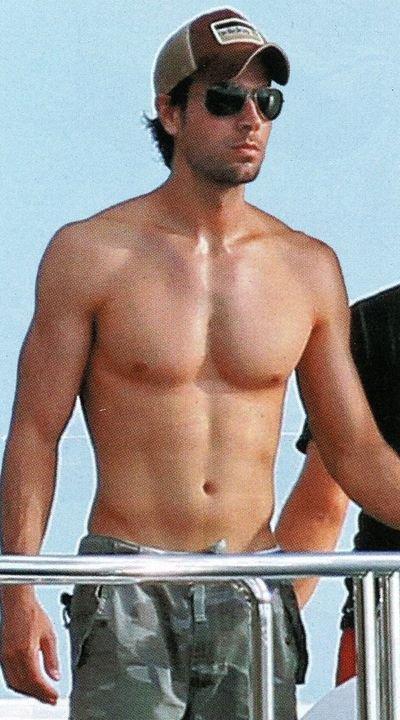 shirtless men: Enrique iglesies hot nd sexy
