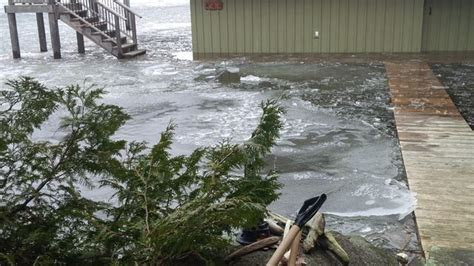 Muskoka Lakes boathouse flooding could cost hundreds of