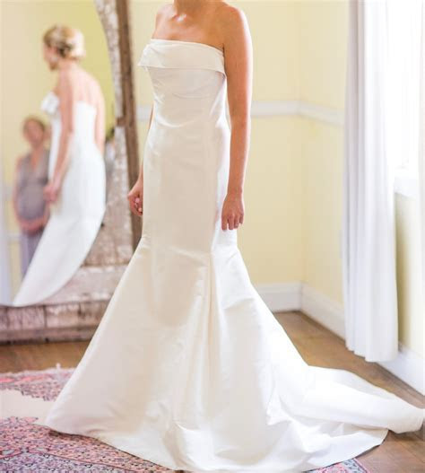 Angel Sanchez Used Wedding Dress on Sale 87% Off   Stillwhite