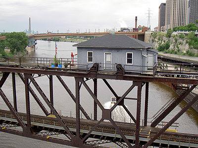 Lift Bridge operator's hut