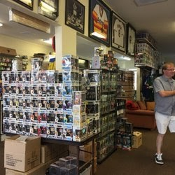 Amazing Comics And Cards Long Beach
