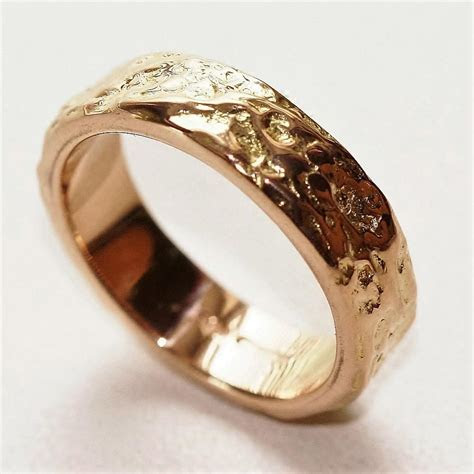 Wide Sand Dunes 18ct Gold Wedding Ring 6.5 MM   pretty
