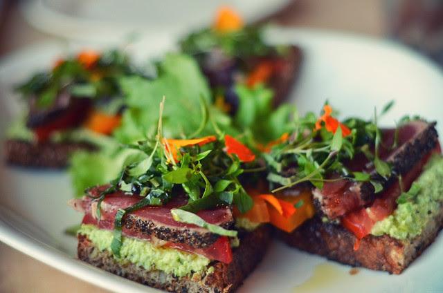 Seared ahi tuna with edamame spread