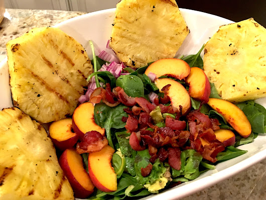 Peach Salad with Spinach, Avocado, Onions, and Bacon