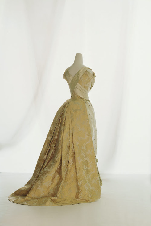 Ball Gown Rouff, 1889 The Kyoto Costume Institute